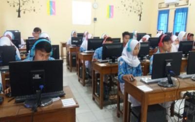 Layanan Prima Sekolah Menyiapkan UNBK 2020