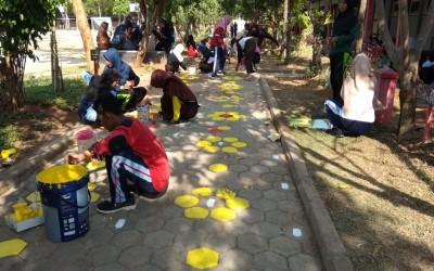 Hias Koridor Sekolah Bersama
